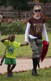Madonna and David in Malawi, 2009